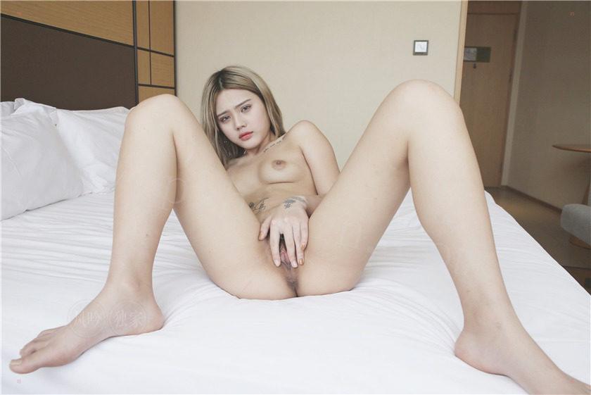 国模套图mgs8-gm269赵天依