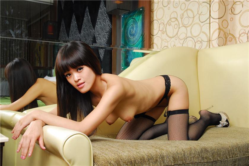 国模套图mgs8-gm279芭比